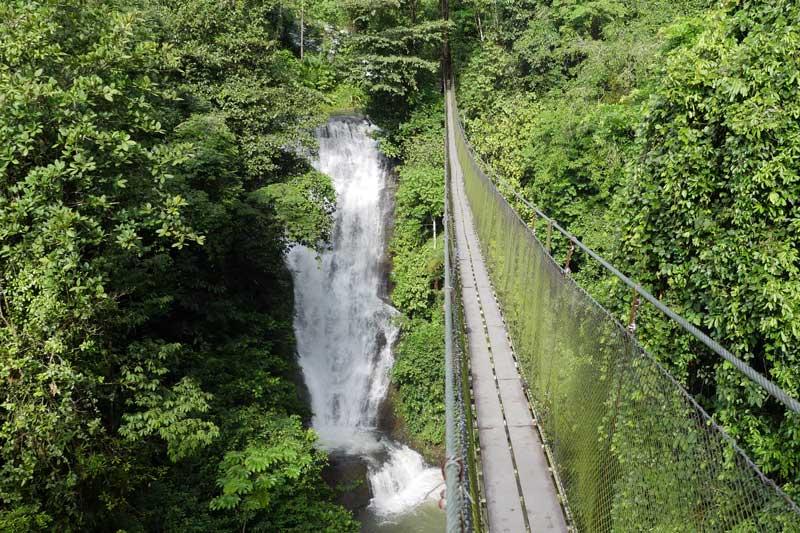 Costa Rica Nadiu viatges