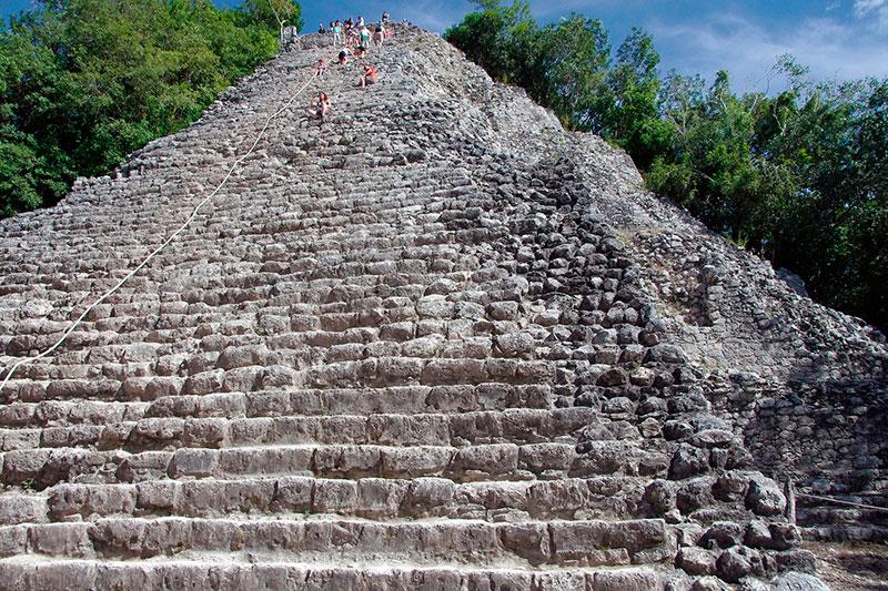 Piramide Nohoch Muul - Cobá - México