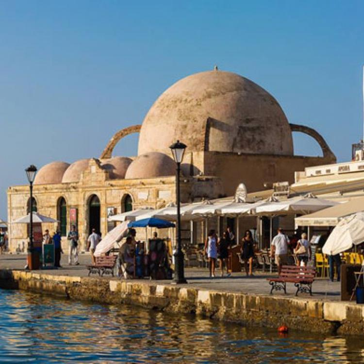 Creta-Nadiu Viatges
